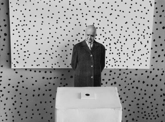 Gilbert Garcin - 129 - Le bon diagnostic (The right diagnosis), 1999, gelatin silver print, 8 by 12 inches, 12 by 16 inches, or 20 by 24 inches