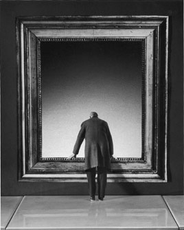 Gilbert Garcin - 169 - L'Attraction du Vide, 2001, gelatin silver print, 12 by 8 inches, 16 by 12 inches, or 24 by 20 inches