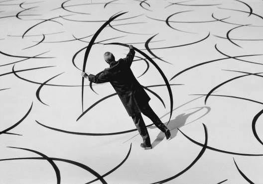 Gilbert Garcin - 186 - La conquête de l'espace (The conquest of space), 2001, gelatin silver print, 8 by 12 inches, 12 by 16 inches, or 20 by 24 inches