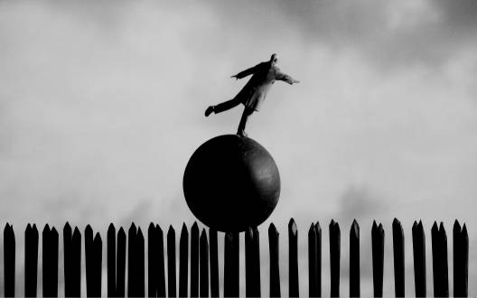 Gilbert Garcin - 257 -Ainsi va le monde (The way of the world), 2004, gelatin silver print, 8 by 12 inches, 12 by 16 inches, or 20 by 24 inches