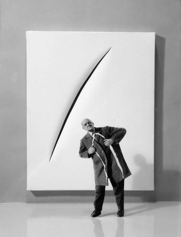 Gilbert Garcin - 306 -La seule solution, ou Fontana, en mieux (The only solution, or Fontana improved), 2005, gelatin silver print,12 by 8 inches, 16 by 12 inches, or 24 x 20 inches
