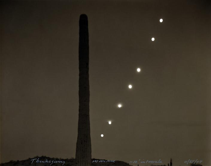 Thanksgiving Moonrise, 11/25/04