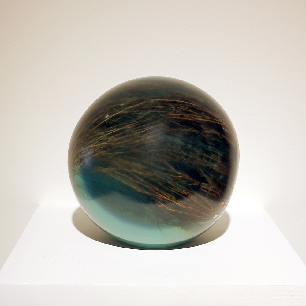 Mayme Kratz - Snake Weed Sphere, 2019, resin and snake weed, 5.5 inch diameter