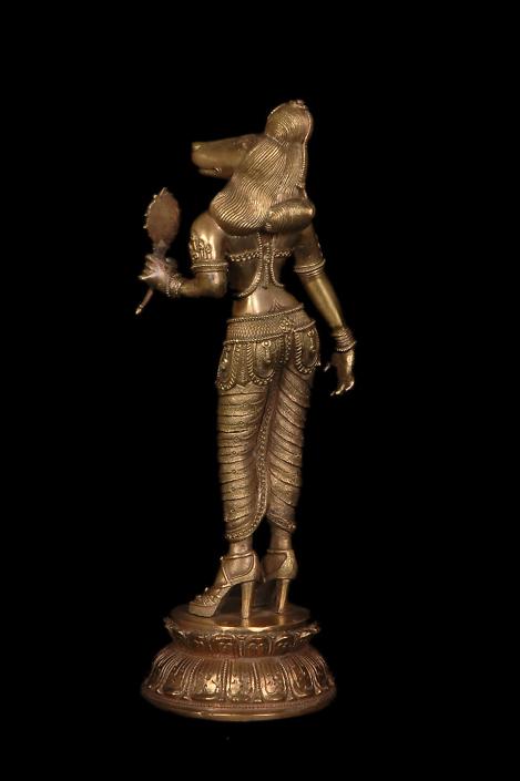 Siri Devi Khandavilli - Darpana Sundari (detail), 2012, cast bronze, 12 by 5 by 5 inches