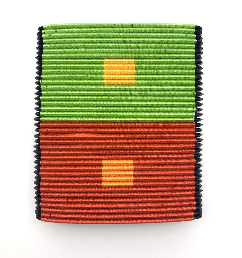 Sonya Clark - Albers Interaction (9/21), 2013, combs, embroidery thread, 5.25 by 4.5 by 1 inches