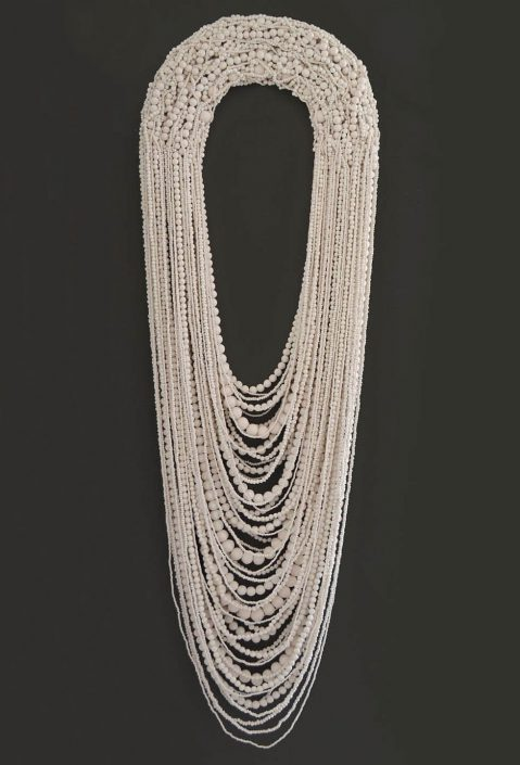Collar Blanco Grande XXVIII (SOLD)