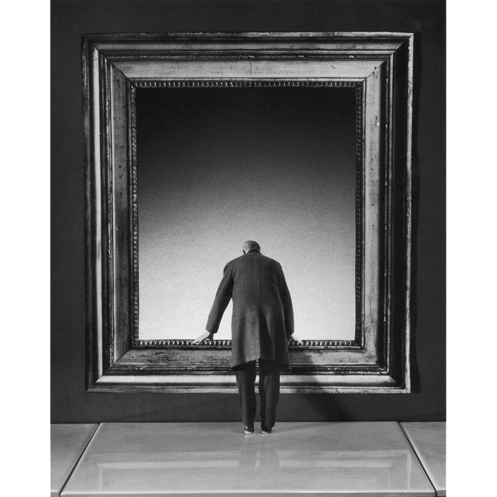 Gilbert Garcin - 169 - L'attraction du vide (The lure of the void), 2001, gelatin silver print, 12 by 8 inches, 16 by 12 inches, or 24 by 20 inches