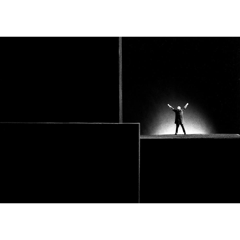 Gilbert Garcin - 316 - La vie est belle (Life is beautiful), 2006, gelatin silver print, 12 by 8 inches, 16 by 12 inches, or 24 by 20 inches